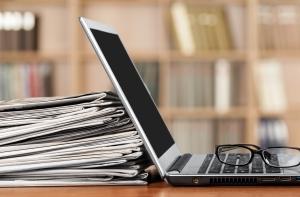 אמצעי תקשורת כמו עיתונות, יכולים לעזור להפיץ עמדות מבוססות מדעית